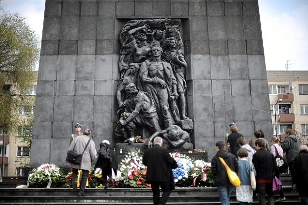 pomnik bohaterow